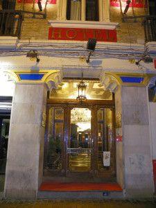Fachada Hotel París Centro