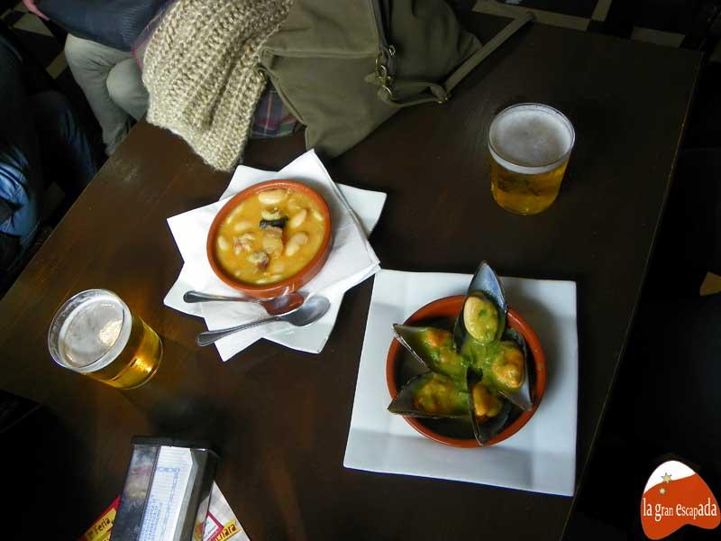 Feria de la Cuchara de Carabanchel - Fabada y mejillones en salsa verde