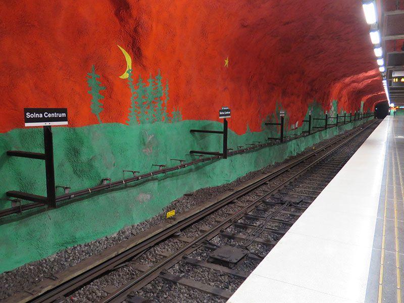 Las estaciones más boitas del metro de Estocolmo - Solna Centrum