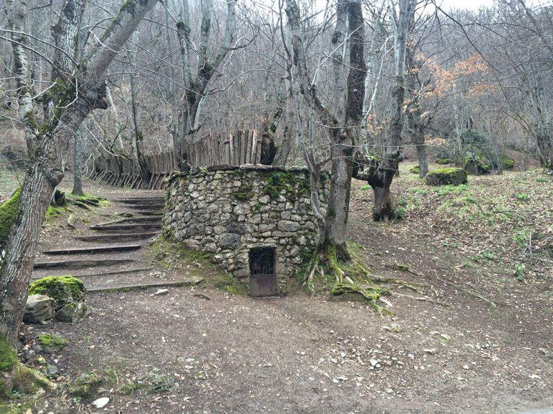 Antigua trampa para cazar lobos - Ruta 4x4 por los Picos de Europa
