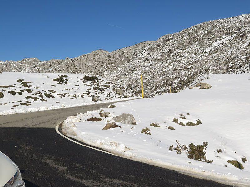 Arenas de Cabrales en invierno - Carretera de acceso a los Lagos de Covadonga