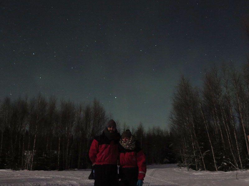 Auroras Boreales en Rovaniemi - Pareja de turistas españoles