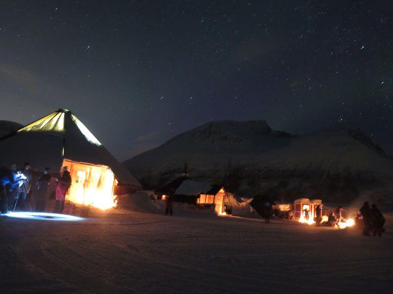 Auroras boreales en Tromsø - Base de operaciones Sami