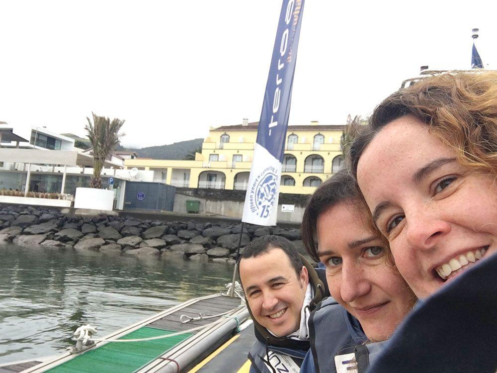 Avistamiento ballenas azores - Whale Watching Terra Azores - Paco, Mar y Eli en la lancha de Terra Azul Azores