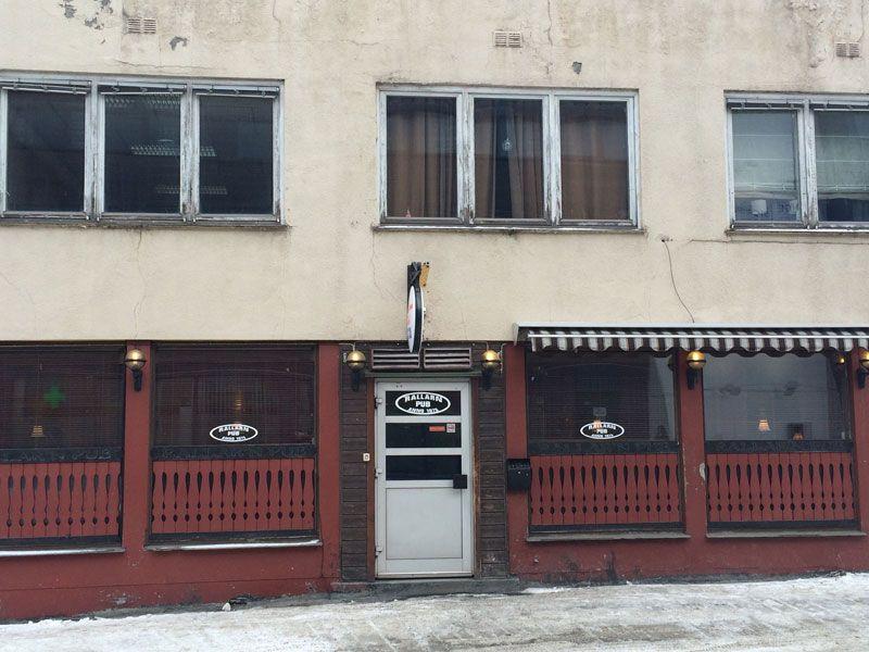 Bares en Kirkenes - Fachada del Rallar'n