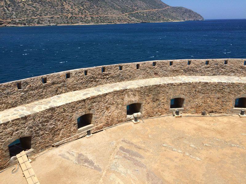 Las murallas de la Isla de Spinalonga están en muy buen estado
