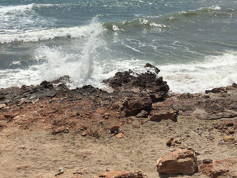 Calas y playas de peñíscola - Embite del mar