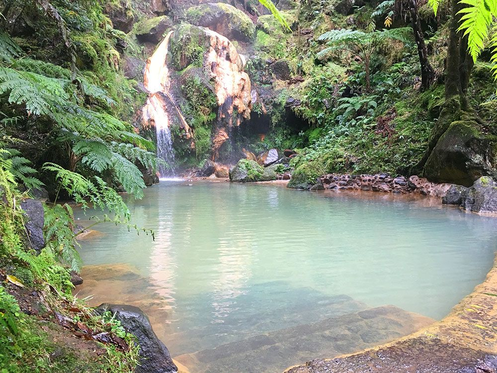 Caldeira Velha - São Miguel - Islas Azores - Cascada