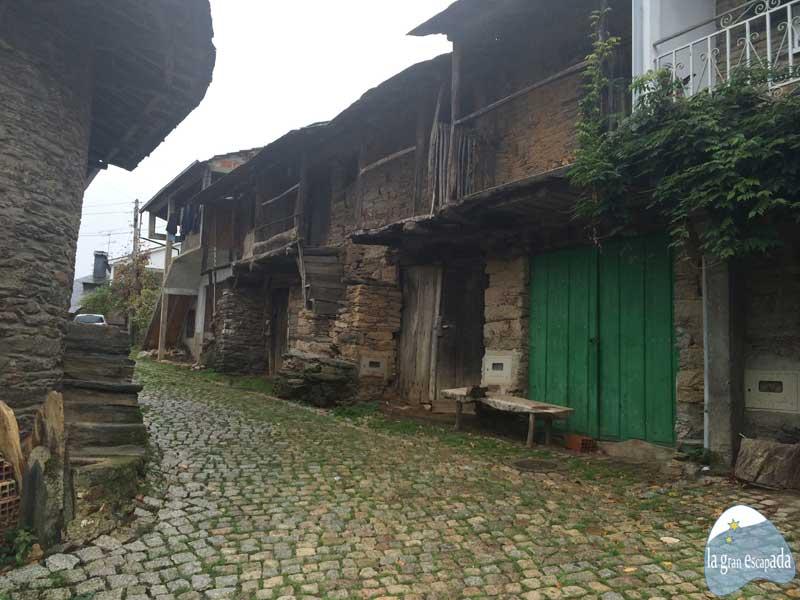 Calle en Rihonor de Castilla - Rio de Onor
