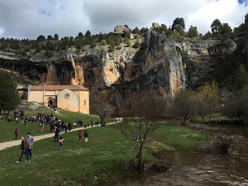 Cañón del Río Lobos - Espacio abierto donde se ubica la ermita de San Bartolomé