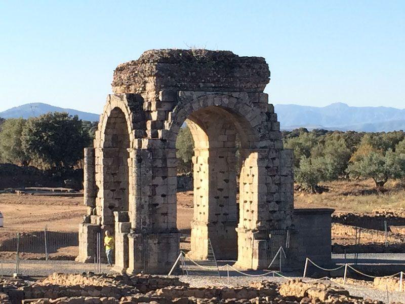 Ciudad romana Cáparra - Cáceres - El Arco