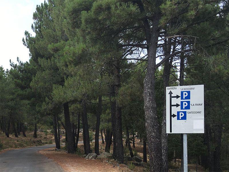 Cómo llegar a la Charca Verde - La Pedriza - Señales de parking