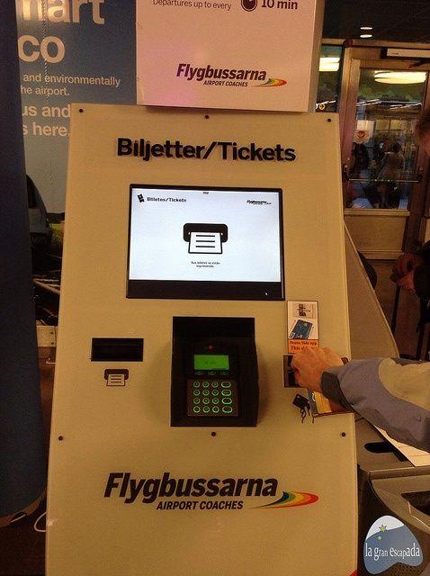 Compra de billetes del bus Flygbussarna en Estocolmo