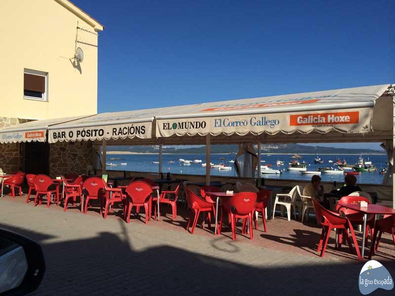 Qué ver y hacer en Corrubedo - Ribeira - Terraza del bar O'Posito