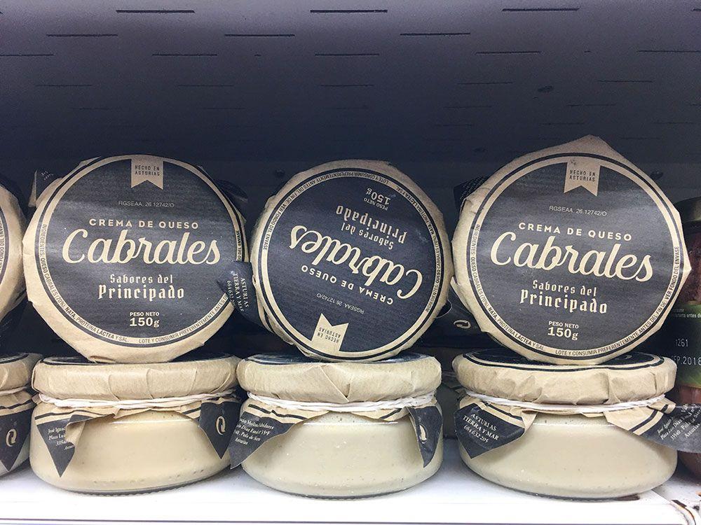 Crema de queso de la tienda El Rinconín en Arenas de Cabrales