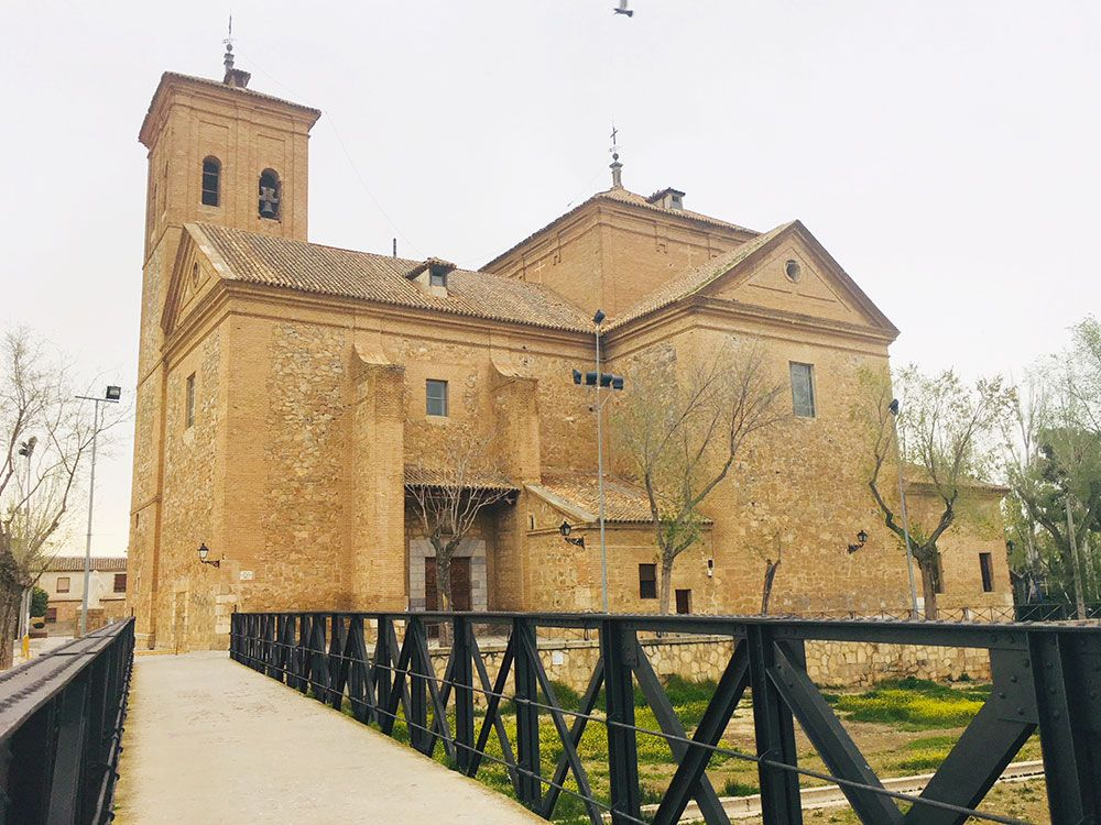 Curiosidades de Consuegra - Puente que lleva a la Iglesia de San Juan