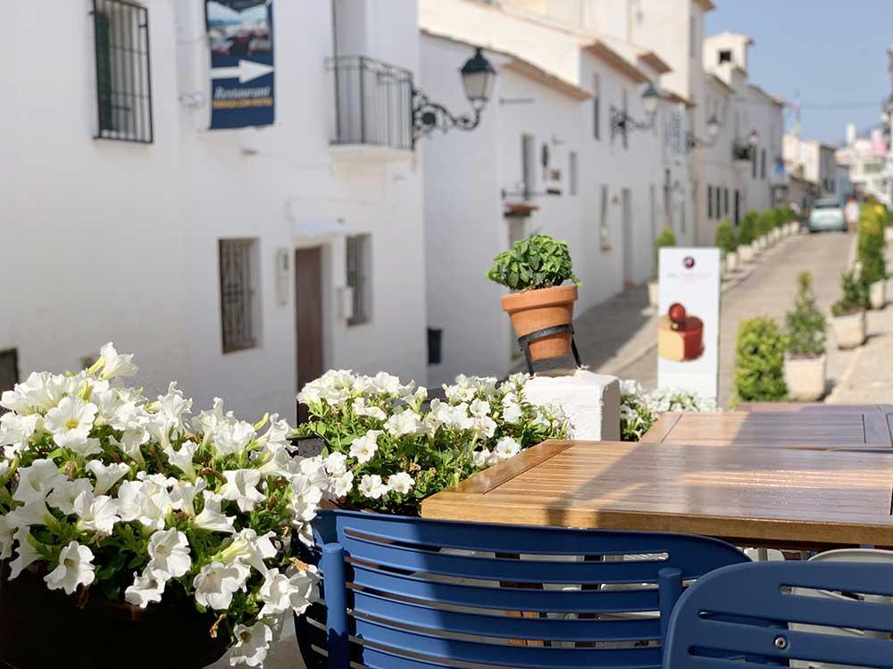 Terraza de la Cafetería De Sabors