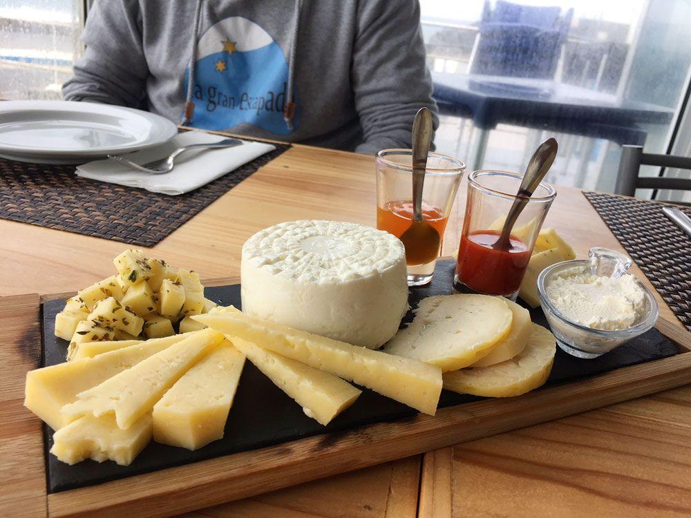 Dónde comer en São Miguel - Azores - Ribeira Grande - Spot - Quesos