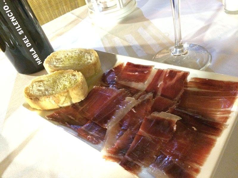 Restaurante Corral del Rey - Media ración de jamón de bellota