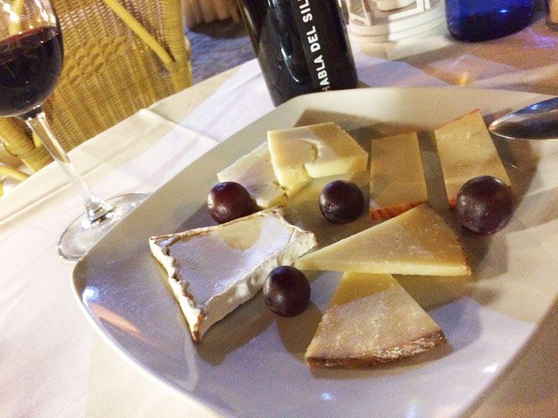 Restaurante Corral del Rey - Tabla de quesos extremeños