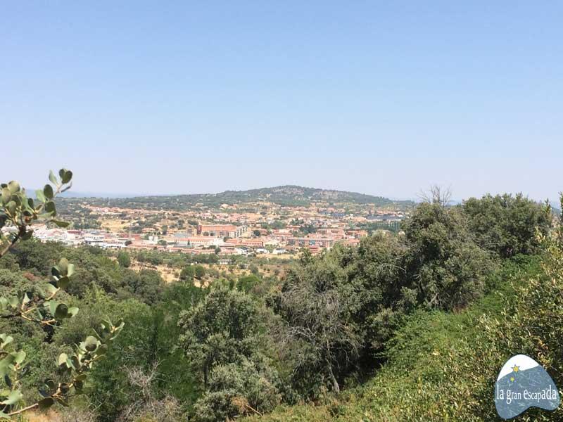 Vistas de San Martín de Valdeiglesias desde El Bosque Encantado