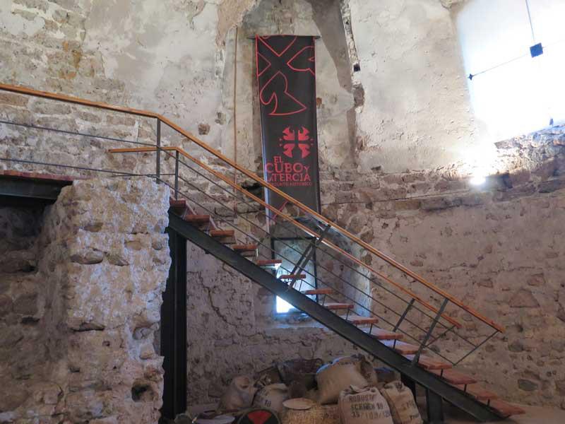 Escalera de construcción moderna