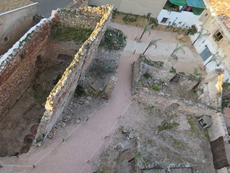 Vista de la casa de La Tercia y la casa de Los Pechos - El Cubo de Siles