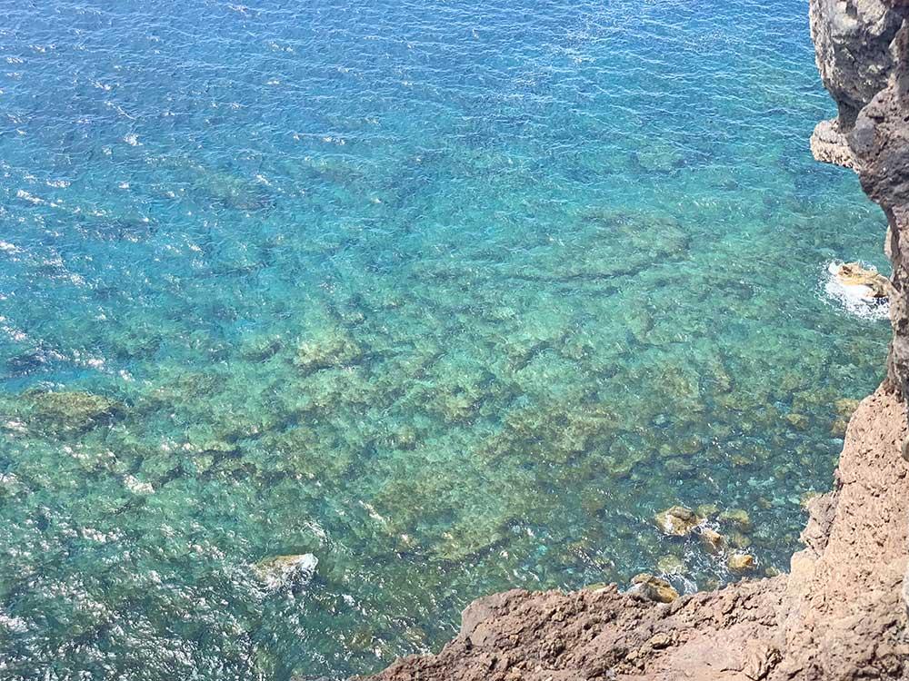 Aguas esmeralda del Atlántico