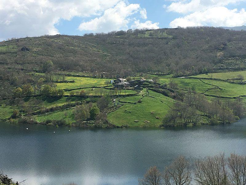Embalse de Chandrexa de Queixa - Trives - Ourense - Galicia - Embalse