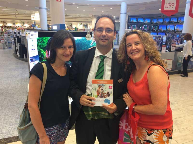 @lagran_escapada entrega el premio #MiPlayaEnEspaña a @unosamigosdepar
