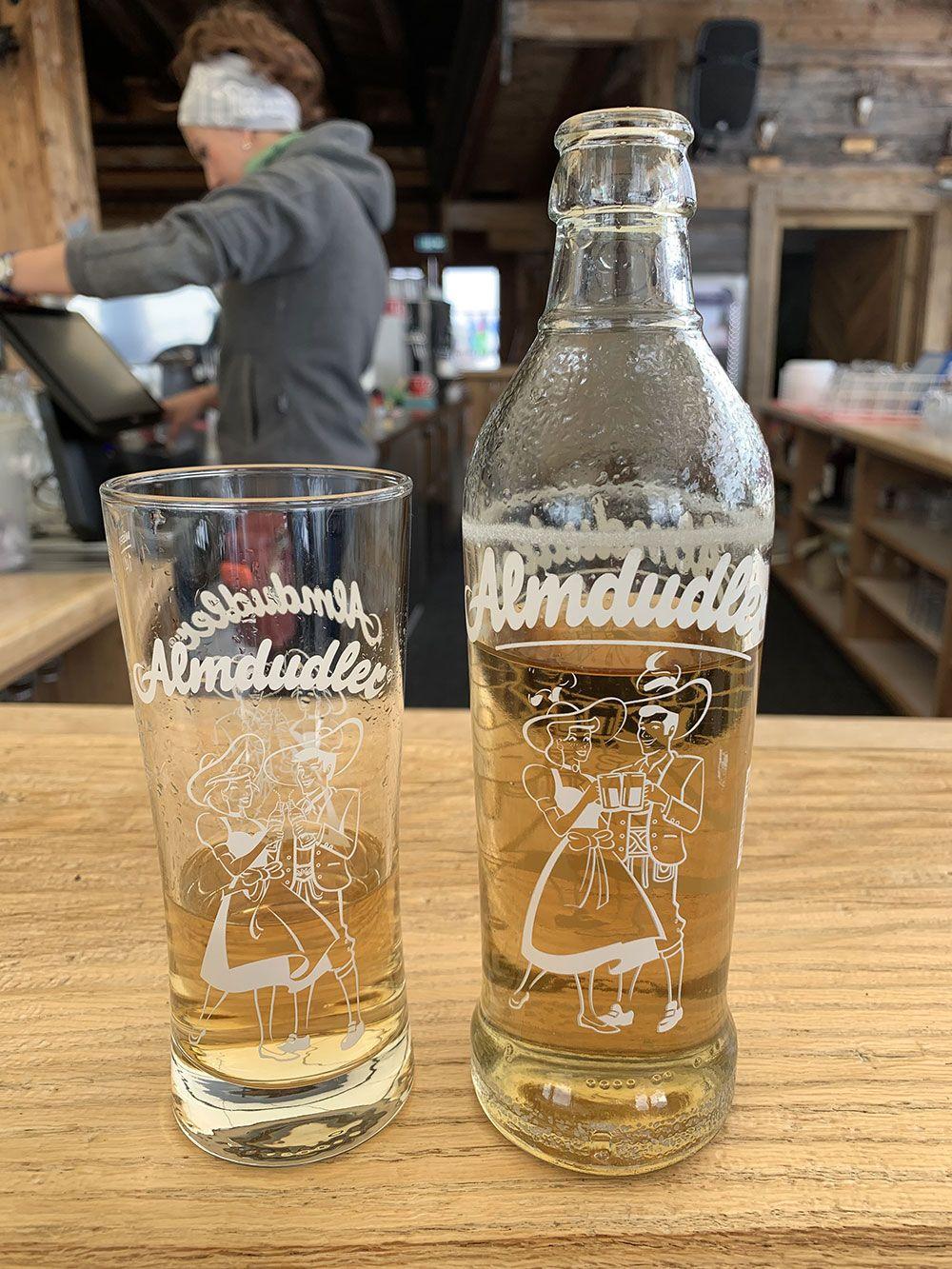 Esquiar en Kitzbühel - Bebida típica austriaca