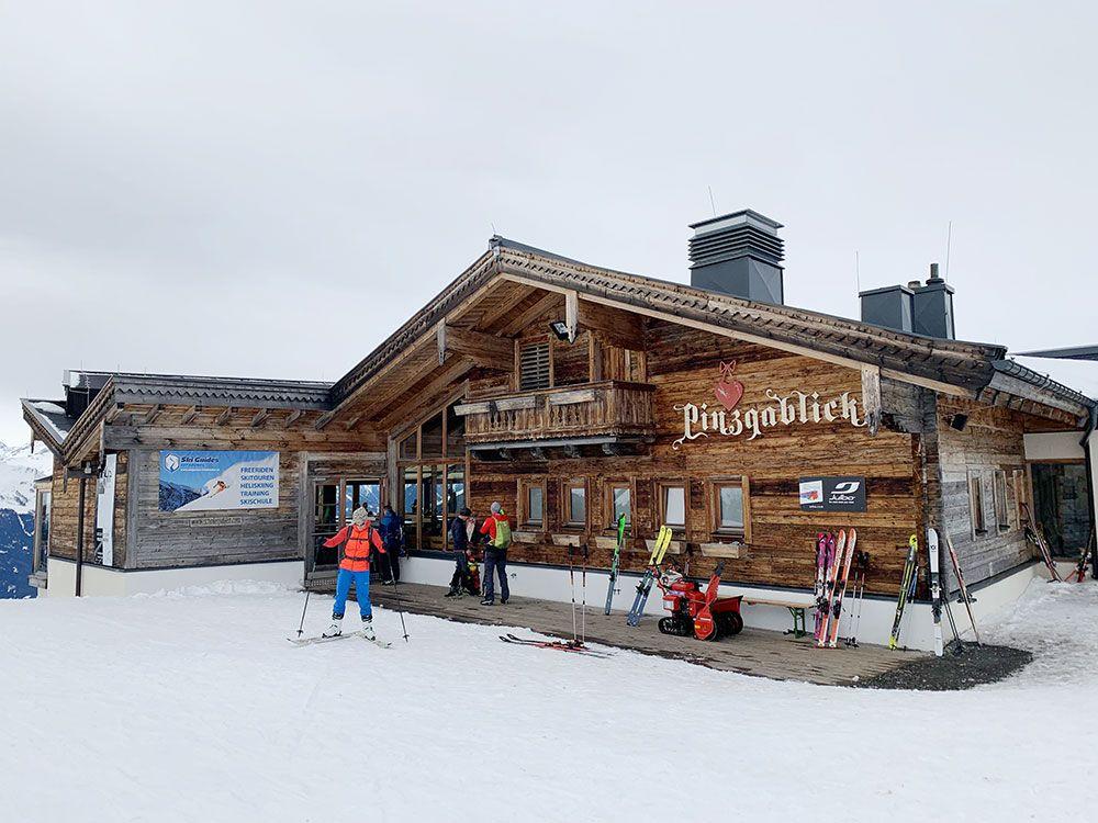 Esquiar en Kitzbühel - Restaurante Pinzgablick