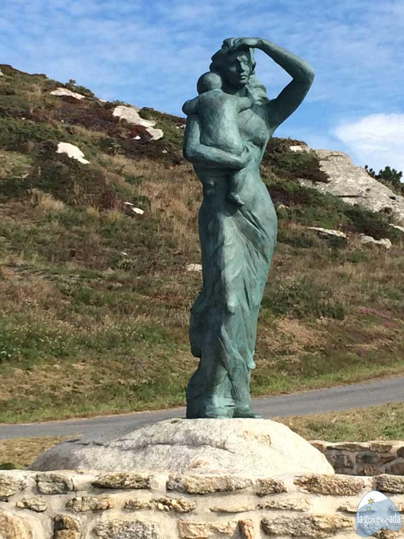 """Estatua """"A Espera"""""""