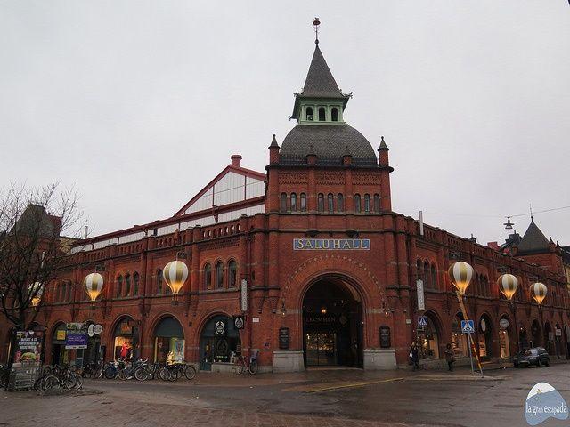Fachada del mercado histórico Saluhall