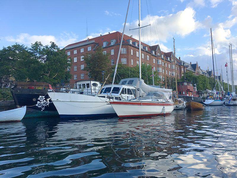 Experiencias y sensaciones en Copenhague - Muelle del barrio de Christiania