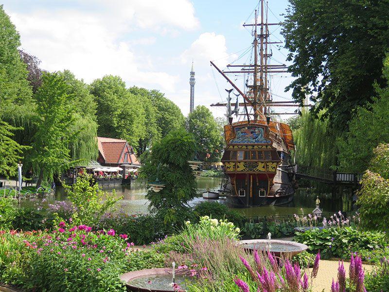 Experiencias y sensaciones en Copenhague - Tivoli - Lago