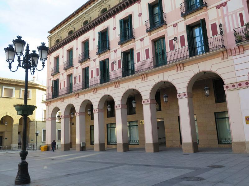 Sotoportales de la Plaza Luis López Allué