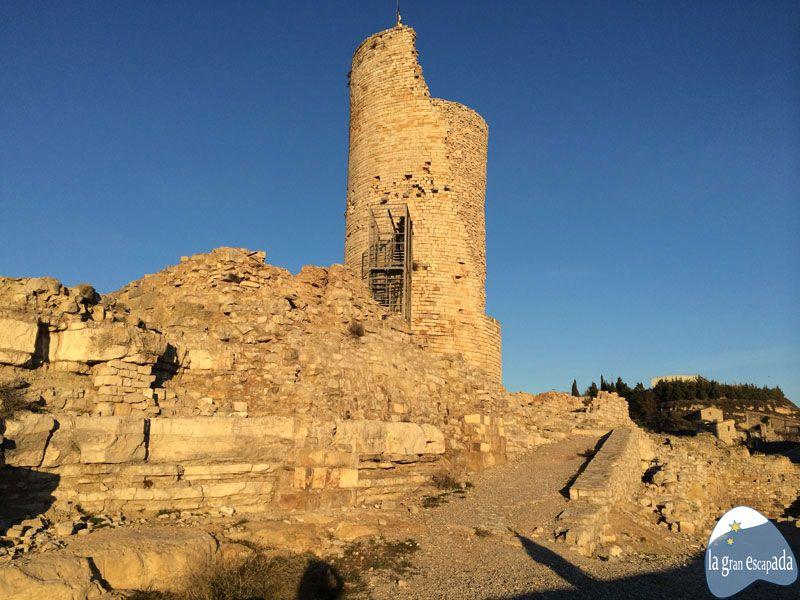 Parte del castillo de Guimerà y torre de vigía