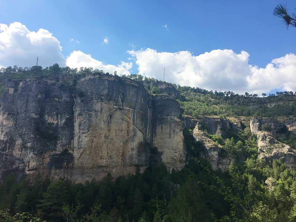 Hoz de Beteta y sumidero de Mata Asnos - Peña del Castillo