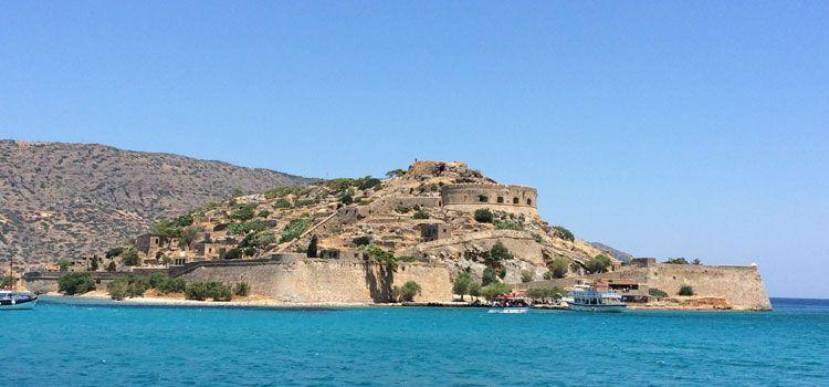 Isla de Spinalonga, la fortaleza de aguas turquesas