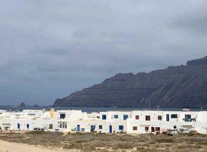 Excursión a la isla más tranquila de Las Canarias. La Graciosa
