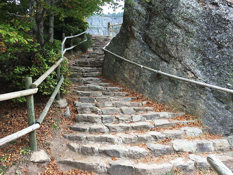 La Laguna Negra - Soria - Tramito de escaleras
