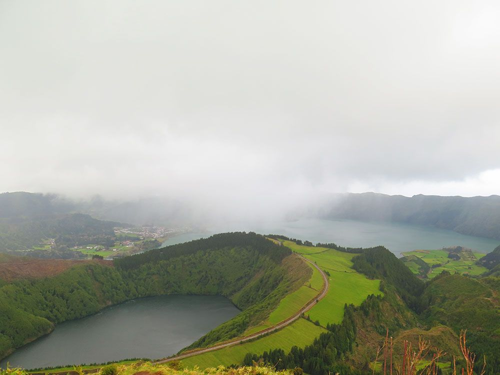 Lagoa Sete Cedades - Isla de São Miguel - Azores - Cortina de agua