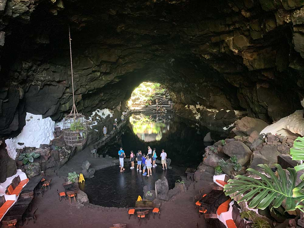 Túnel volcánico de los Jameos del Agua