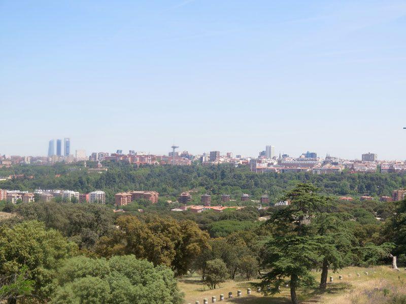 Skyline con las 4 Torres madrileñas de La Castellana