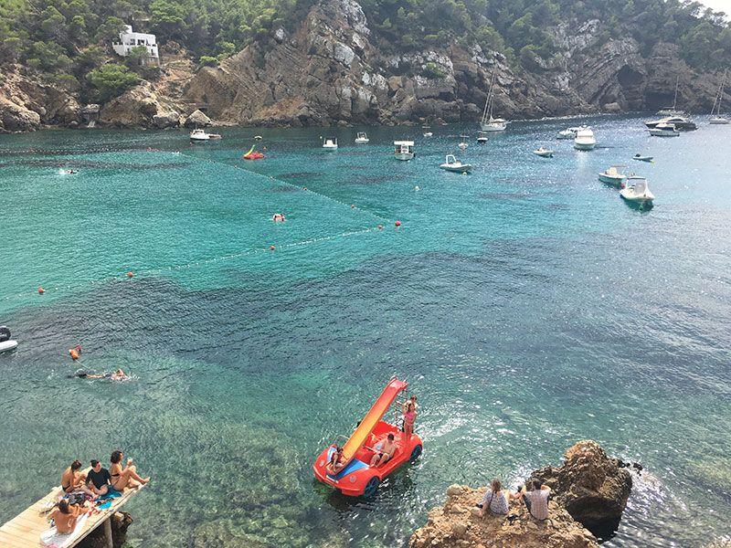 Las mejores playas y calas de Ibiza - Cala Benirrás