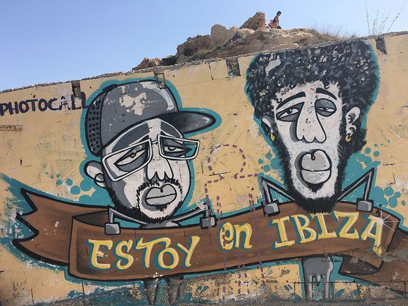 Las mejores playas y calas de Ibiza - Street Art