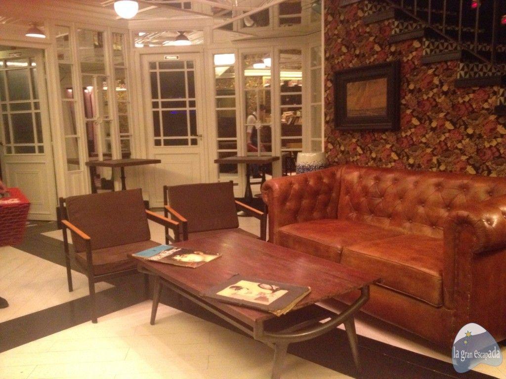 Salón en la planta inferior del restaurante Martinete