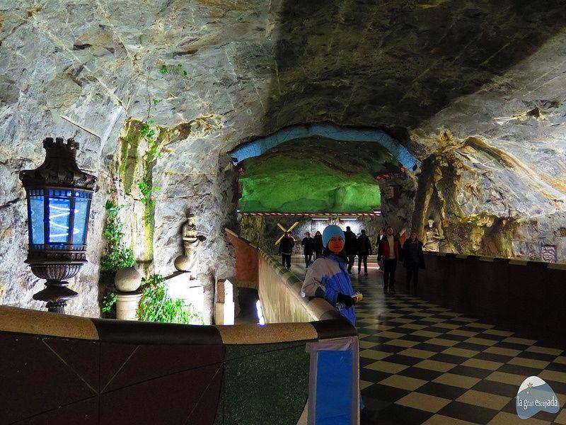 Qué ver en Estocolmo en 1 dia - Galería de arte - Metro