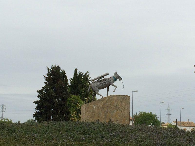 Monumento homenaje al mulo de montaña